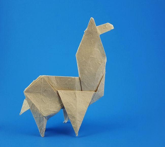 Origami Lama