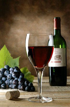 """ In Portugal, Port Wine Is King...God Save The King "" !...  http://about.me/Samissomar"