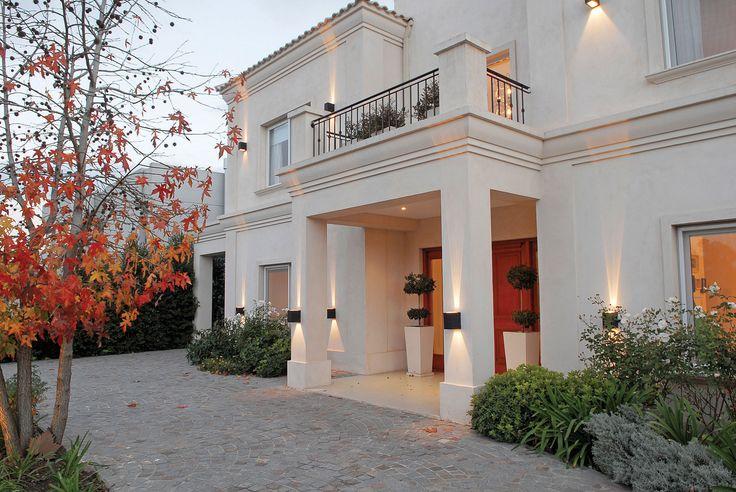 M s de 25 ideas incre bles sobre casas clasicas en - Fachadas de casas clasicas ...