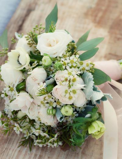 image-wedding-reception-ideas-decor-vintage-beach-wedding-bouquet