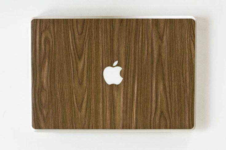 wood grain macbook coverTrendy Things, Macbook Covers, Wood Grains, Grains Macbook, Techie Stuff, Assorted Stuff, Mac Covers, Macbook Skin, Wooden Macbook