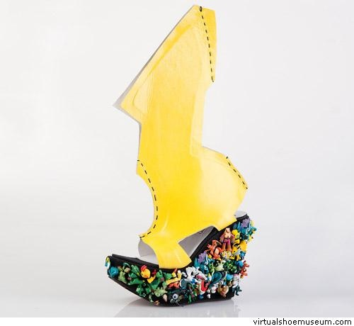 Lady Gaga shoe | virtualshoemuseum.com