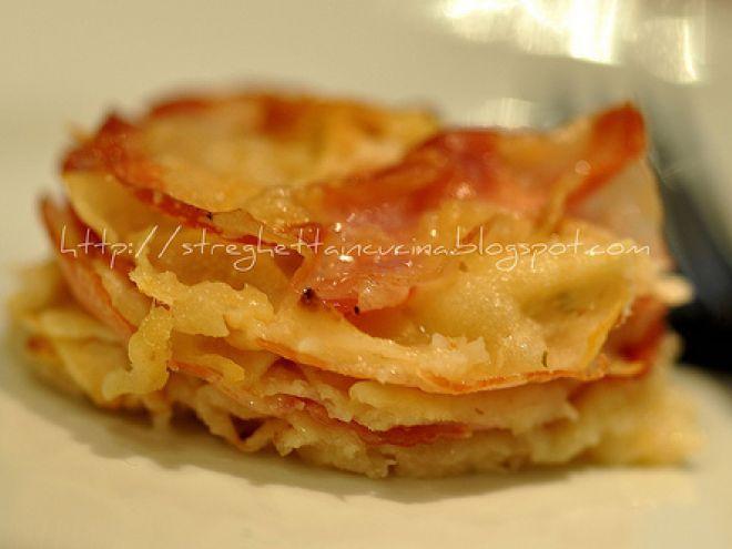 Ricetta Antipasto : Tortino di pane carasau con pecorino e pancetta arrotolata da Streghettaincucina