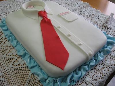 Torta 30° compleanno in camicia e cravatta