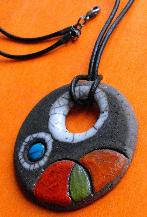 Collar de cerámica Rakú. 4 cm diametro. Colores por CERAMICAHUMO