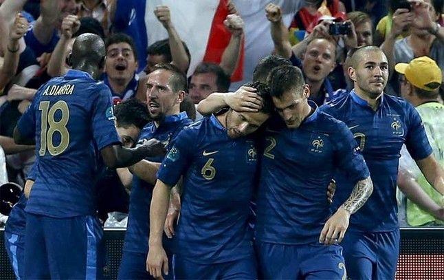 Francia vs Bielorrusia en vivo hoy - Ver partido Francia vs Bielorrusia en vivo hoy por la Eliminatorias. Horarios y canales de tv que transmiten según tu país de procedencia.