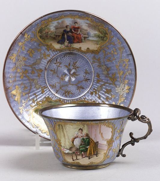 Šálek na čaj * fialový porcelán s ručně malovanými obrázky ♥