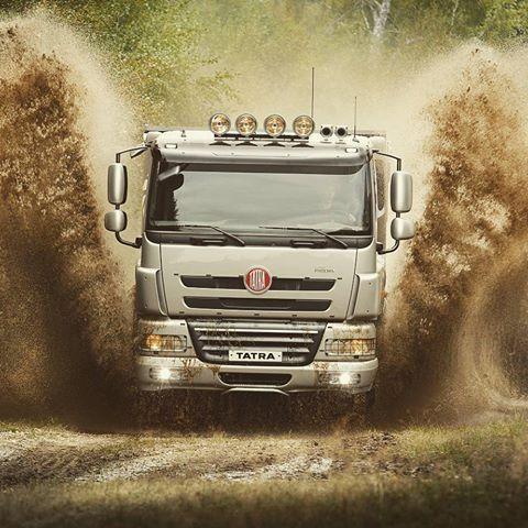 TATRA PHOENIX #tatra #tatratrucks #offroad #truck #vehicle #automotive #machinery #phoenix #mud #splash #norway