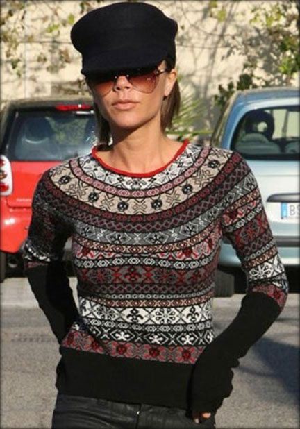 knit Grandeur: Fair Isle ... looks like short rows worked in pattern for fitted bust