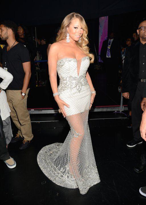 El súper escote de Mariah Carey en los BET 2013