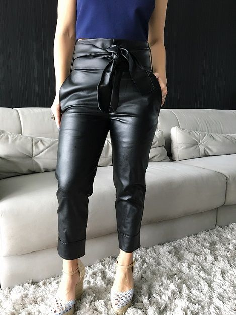 b5ac173d8 Calça Clochard Preta em 2019 | Moda | Leather Pants, Clothes e Leather