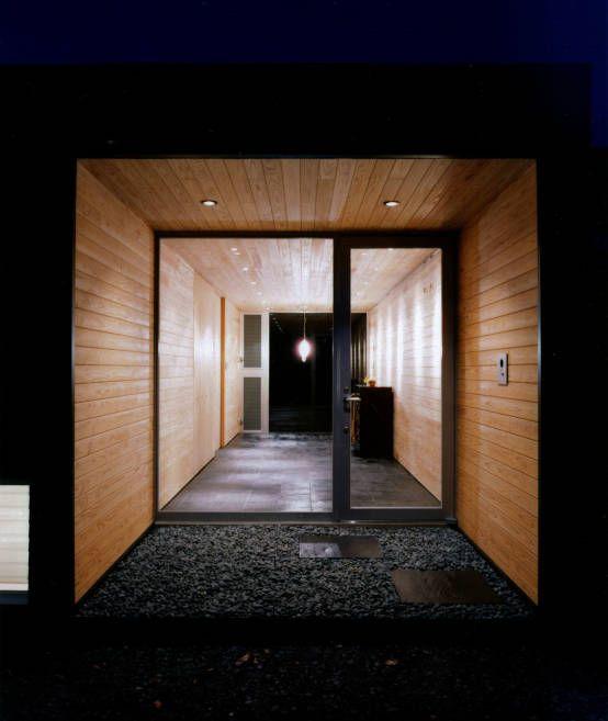 AL architects の モダンな 廊下&階段 トンネル状の玄関