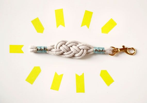 And more...Nautical Knot Bracelets (photo: Romain Laurent)  #DIY #jewels #bracelet #knot