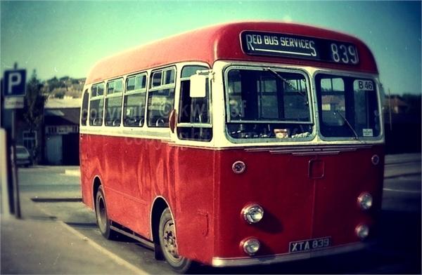 Old-school bus #GFRANQ-filter used: #Fisheye  Instant photo editing service - gfranq.com