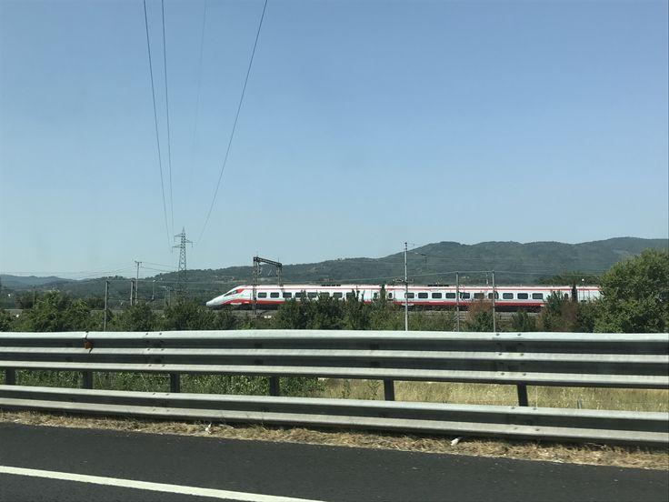 Traversing Tuscany - http://footiemadnomads.com/2017/07/traversing-tuscany/