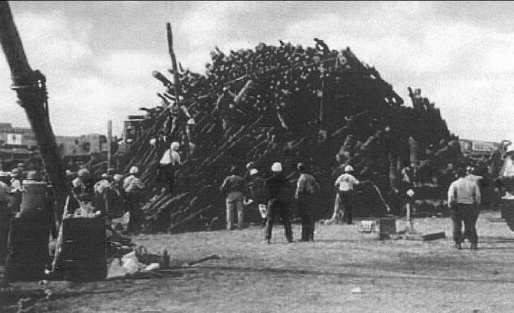 Nov 16, 1999: Construction begins on deadly bonfire.  Construction begins on a giant bonfire at Texas A&M University on this day in 1999, the continuation of a tradition that began 90 years earlier. Two days later, the bonfire collapsed, killing 12 students and injuring another 27.
