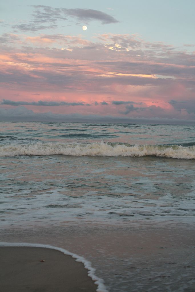 Water Cycling, Sky, Sunsets Beach, Favorite Places, The Ocean, At The Beach, Sea, Pink, Breaking Dawn