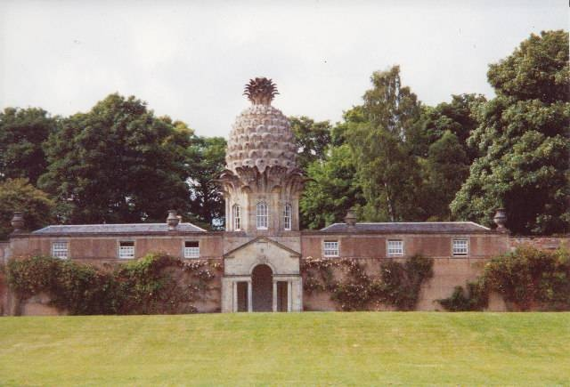 The pineapple house in Scotland