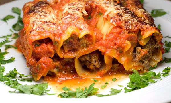 Italy goes Turkey: Cannelloni con agnello al turco
