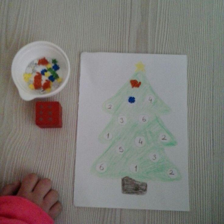 Zarda gelen sayıya göre ağaç süsleme - Ağaç süsleme- el göz koordinasyonu - matematik - montessori - Counting - sayılar- math - numbers - Noel Tree