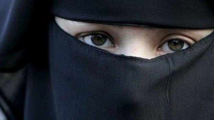 Estado Islámico Enseña A Niños De 9 Años Cómo Ejecutar, Según Servicio Secreto Holandés