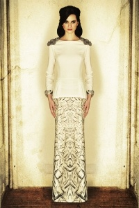 Modern kurung by Jovian Mandagie #localdesigner #fashion #love