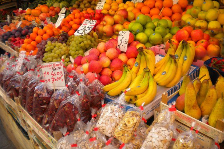 10 porzioni di frutta e verdura al giorno per ridurre problemi cardiovascolari, rischio di cancro e anche di diminuire le morti premature