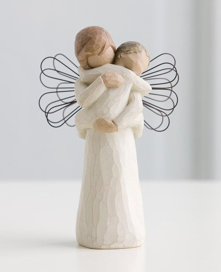 Willow Tree Statue. Angels Embrace