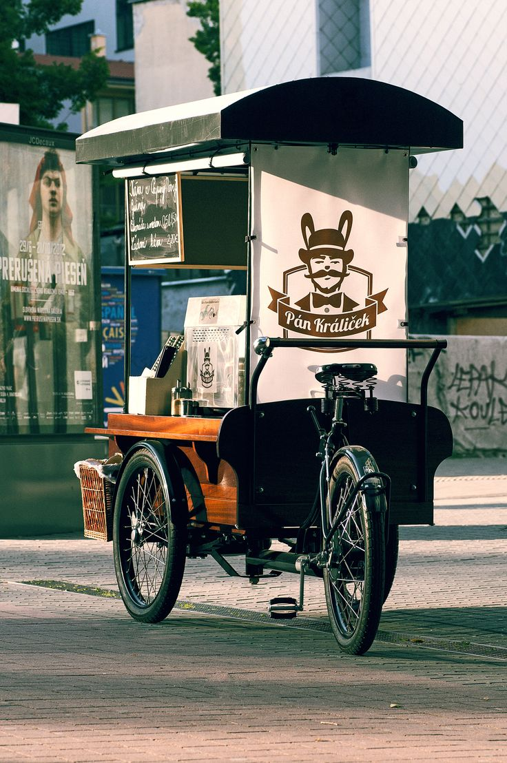 Coffee prepared in unique quality from wooden coffee cart. www.facebook.com/pankralicek.sk