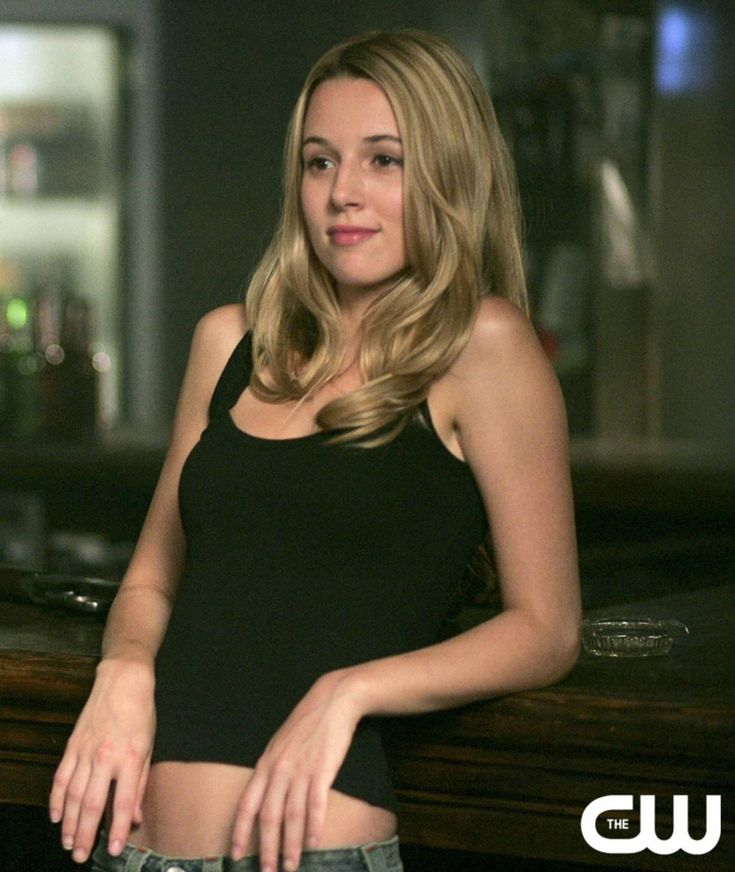 Jo   2x02 - The Girls of Supernatural Icon (24316794) - Fanpop