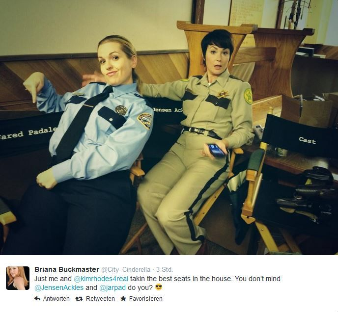 SPOILERS! - Sheriff Jody and Sheriff Donna (Briana Buckmaster and Kim Rhodes) bts Season 10 :D