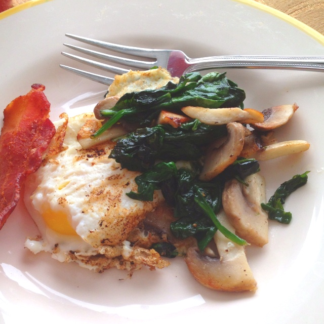 Spinach and mushroom over easy egg. : Clean Eating, Food Porn, Food, Healthy Breakfasts, Eating Recipes, Over Easy Eggs, Favorite Recipes