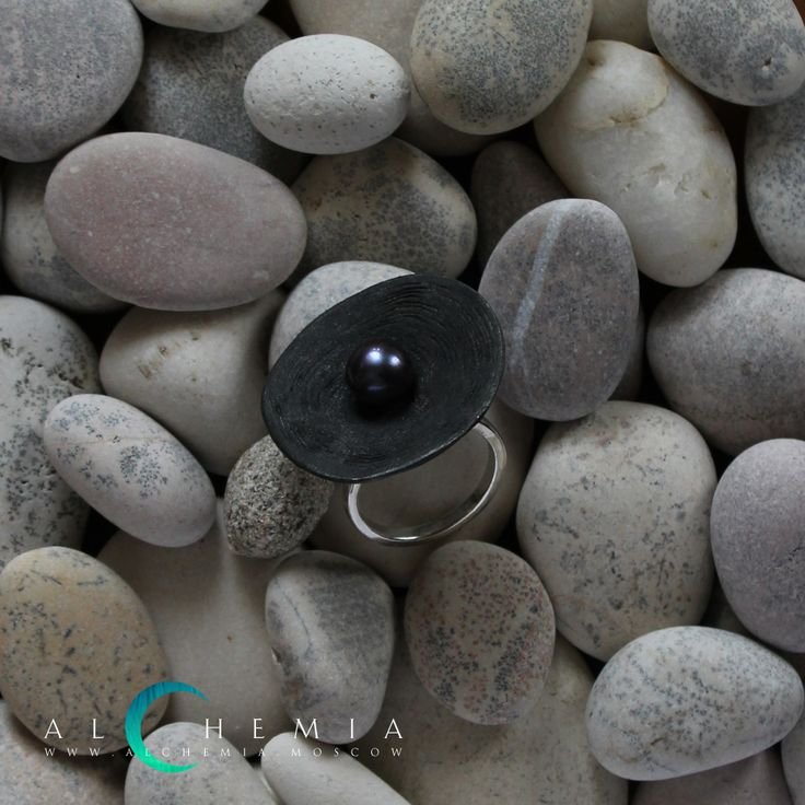 The Clay ring. Blackened silver, pearl. Handmade by Alchemia Jewellery.