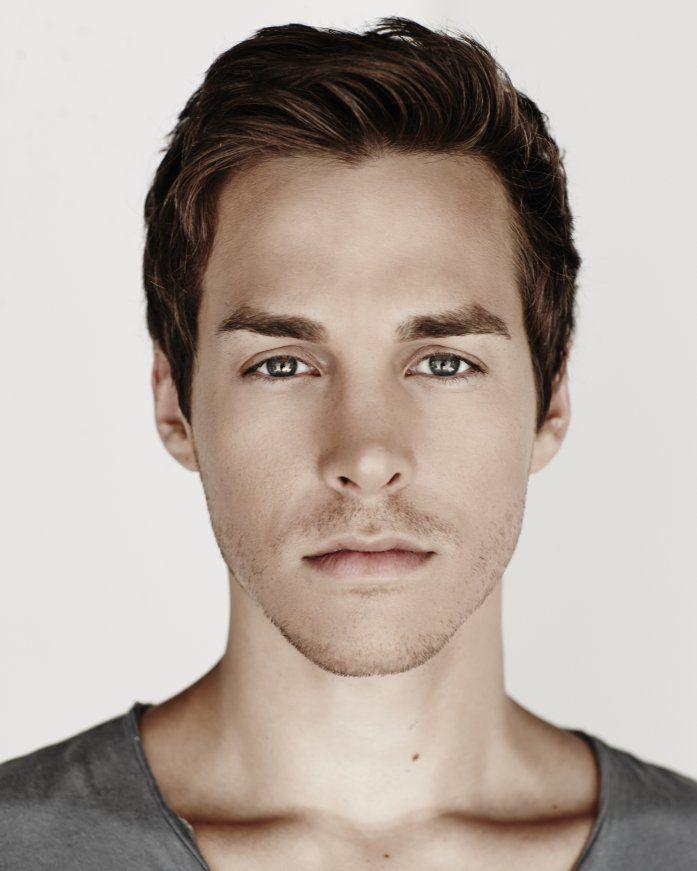"Vampire Diaries Season 6 Spoiler: Chris Wood Cast as ""Unstable Newcomer"""