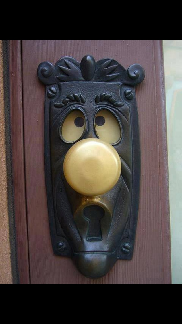 Funny Face In Things Doorknob Illusion Faces Les