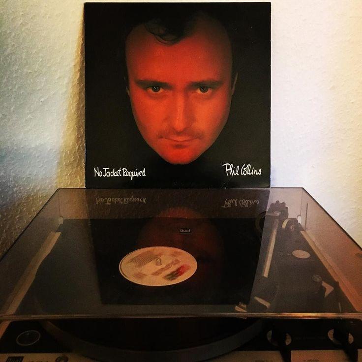 """""""Phil Collins - no jacket required""""  Der Besuch in #Flensburg im #Musikpalast hat sich gelohnt!   #vinyl #33rpm #vinylcollector #vinyljunkie #musiclover #record #nowplaying #nowspinning #vinyligclub #instavinyl #vinylrecords #schallplatte #myvinylstop #music #platte #plattenspieler #dual #entspannung #couch #2016 #vinyllove #myvinyl #LPs #philcollins #nojacketrequired by s_seibel"""