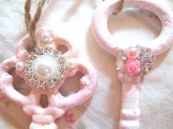 Set 2 chiavi Shabby Chic 1 rosa 1 pallido rosa Vintage 4 1/2