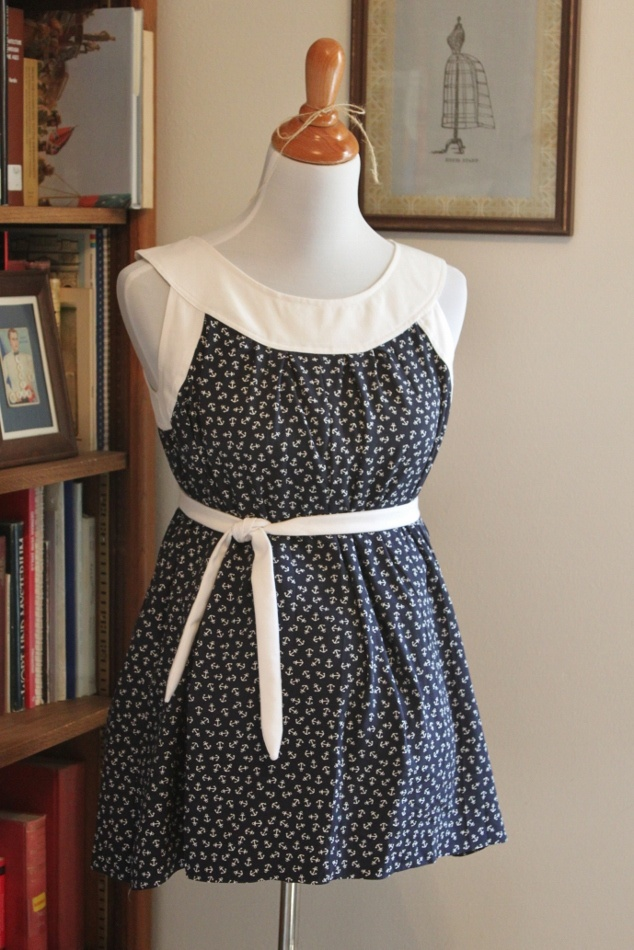 Thoughts and Thimbles - free maternity tutorial to make into a sundress