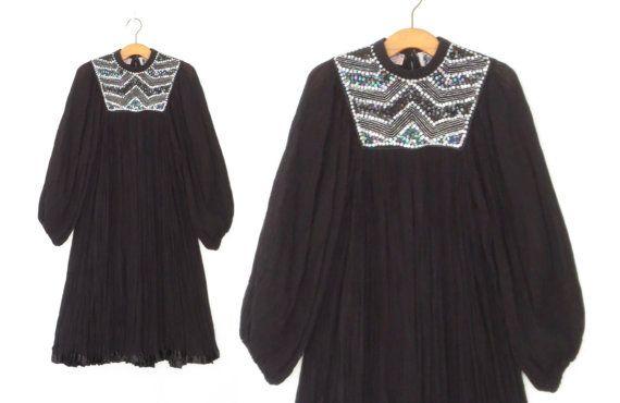 Hoi! Ik heb een geweldige listing op Etsy gevonden: https://www.etsy.com/nl/listing/268977203/vintage-gaas-jurk-boheemse-tent-jurk