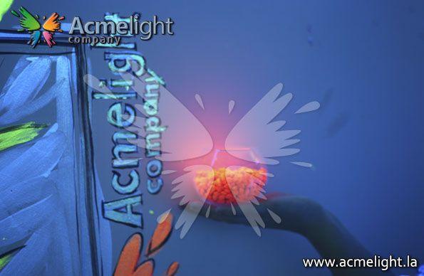 Piedras que brillan en la oscuridad por 8 horas. www.acmelight.la