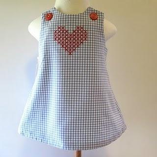 Cross stitch Love  #CrossStitch #PontoCruz For more inspiration: www.portaldopontocruz.blogspot.com