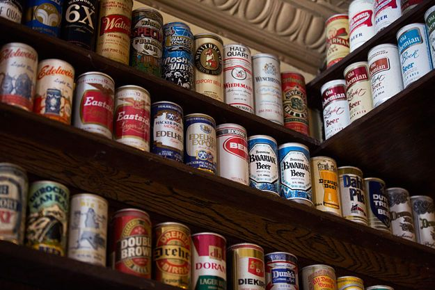 The Ye Ol' Watering Hole doesn't buy, sell, or trade cans. They do, however, accept can donations, and offer free billiards Monday through Wednesday. Stop by for a fresh-squeezed grapefruit drink or a can of beer the next time you're in Northampton.