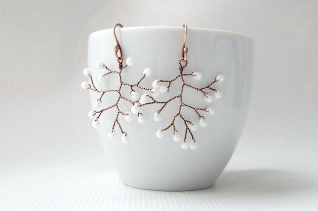 Twig earrings white blossom / wedding rustic earrings / romantic wedding jewellery – a unique product by IrynaR via en.DaWanda.com