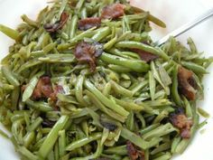 Sweet and Sour Green Beans - how can you go wrong when it starts out with frying bacon and onion together?