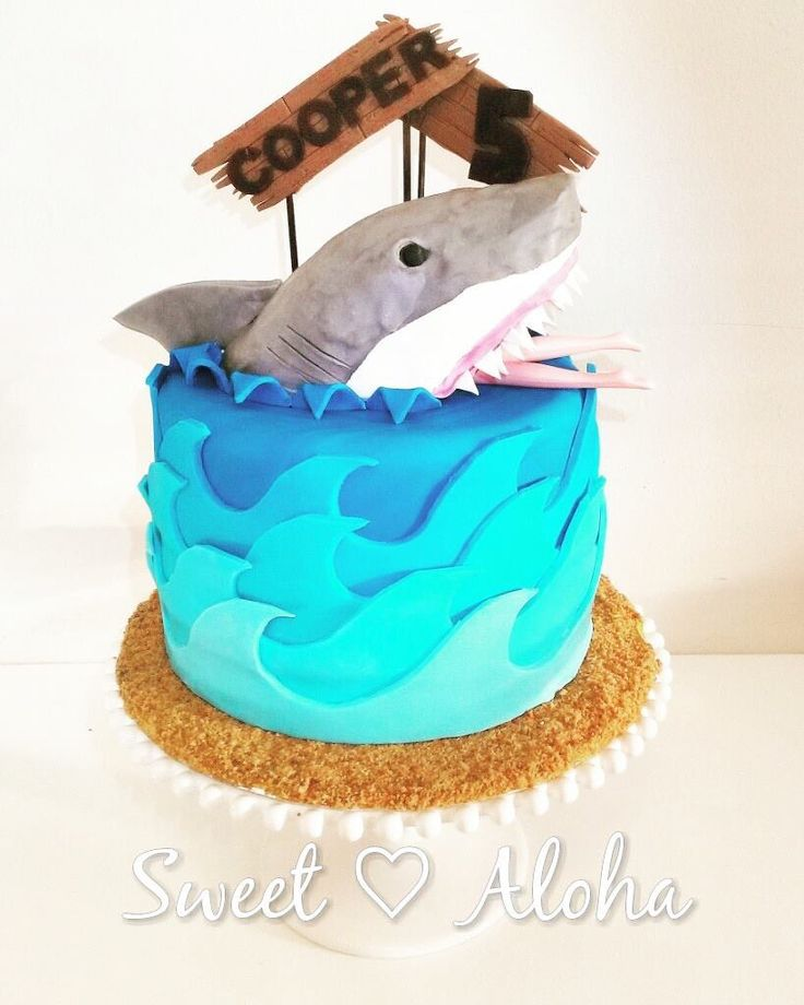 #Greatwhite #shark cake with boards and #waves
