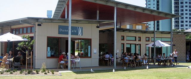 Dune Café overlooks the beautiful Currumbin Cove and Tarrabora Parklands and one of the best spots to relax, enjoy and soak up what the Gold Coast sunshine. Dune Café is what the Gold Coast is all about.