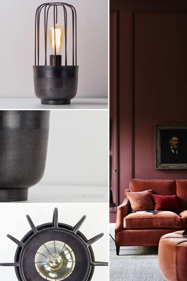deze trendy zwarte tafellamp corrado is gemaakt van metaal de stoere enigszins ruwe afwerking luxury living luxe verlichting met een tikje glam in
