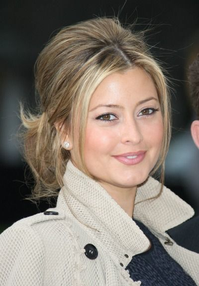 Australian celebrity Holly Valance http://www.kangafashion.com
