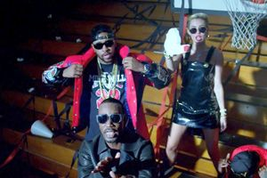 Video Premiere: Mike WiLL Made-It - 23 [Explicit] ft Miley Cyrus, Wiz Khalifa & Juicy J