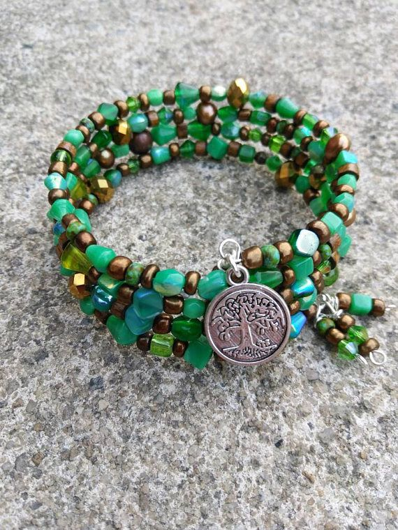 Memory wire bracelet - beaded bracelet - green bronze bracelet - beaded wrap bracelet - tree of life - Boho bracelet - mothers day gift Go back to our shop >>>>> https://www.etsy.com/shop/EandSJewelryDesigns?ref=hdr_shop_menu Our current possessing time is 1-3 business day.